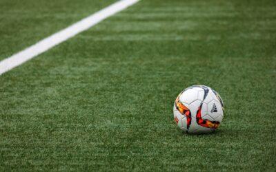BHS girls' soccer, field hockey gain wins